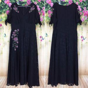Torrid Black Floral Embroidered Dress Size 14
